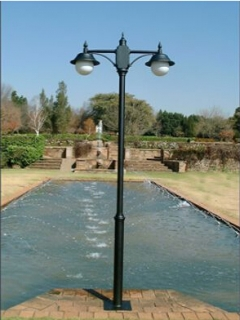 Two arms cast iron lamp po...