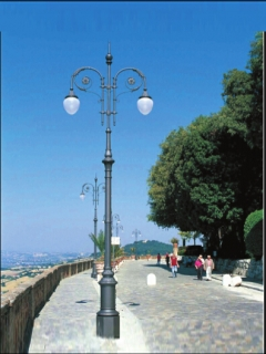 road cast iron lighting poles